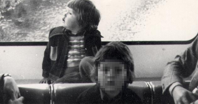 Ich und mein Bruder Stefan in der Schwebebahn 1975.